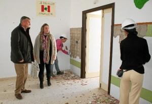 El alcalde visita las obras.
