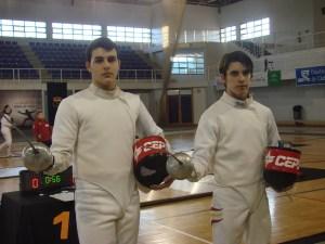 Pablo Rodríguez y Mario Artero, del Cepsa Huelva de esgrima.