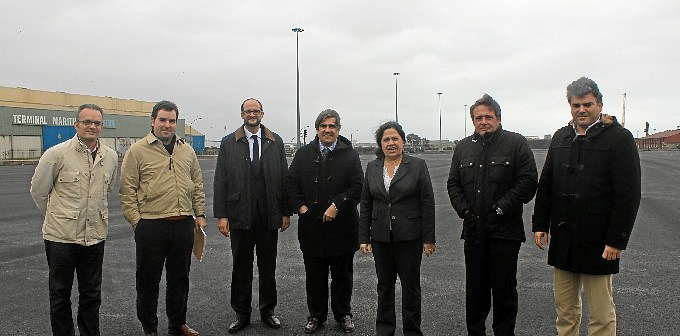 Explanada Muelle Ingeniero Juan Gonzalo feb14 Representantes APH y Sando
