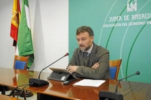 José Fiscal da a conocer a los galardonados en Huelva con motivo del 28-F.