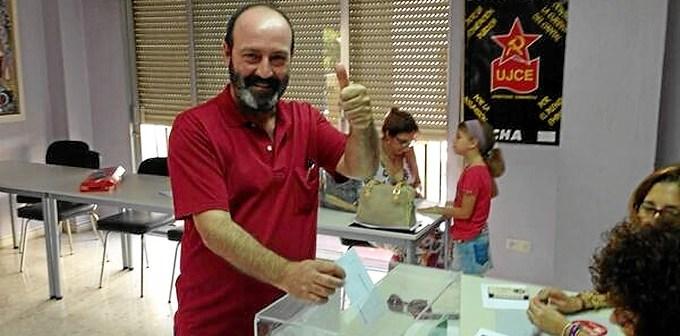 Pedro Jimenez vota en Primarias IU Andalucia