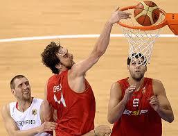 Pau Gasol y Felipe Reyes, pívots de la Selección Española de baloncesto.