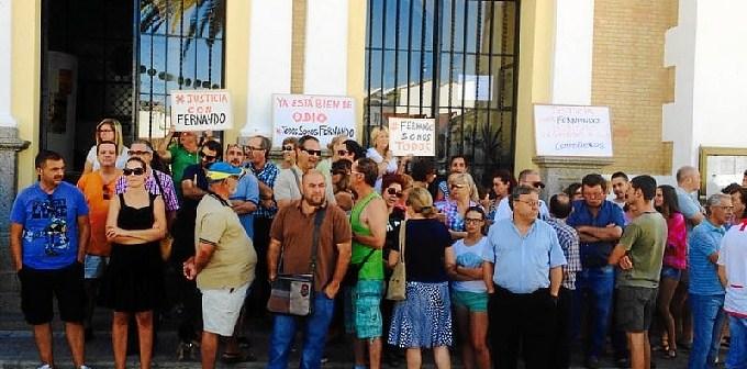 Protesta Valverde despido trabajador servicio limpieza-38
