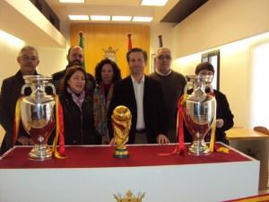 Copas de Europa y del Mundo en Gibraleón.