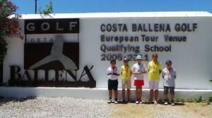 Jóvenes golfistas ayamontinos.