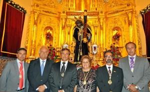 La Alcaldesa Antonia Grao junto al Pregonero, el Teniente de Alcalde Carlos Guarch, Manuel Zurita, el Hermano Mayor y el Presidente del Consejo