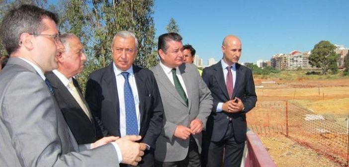 visita de gomez pomar a las obras del ave en Huelva 5340_800