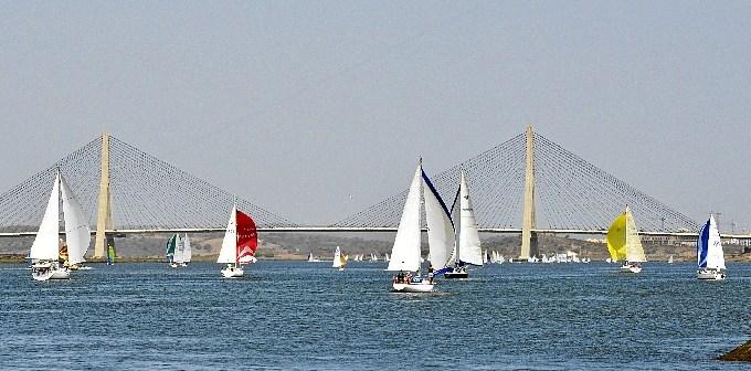 4 a su paso por el puente internacional (1)