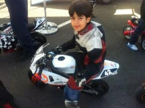 Adrián Hernández, joven motociclista onubense.