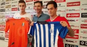 Luis Ribeiro y Mica Pinto, nuevos jugadores del Decano, junto a Manolo Toledano.