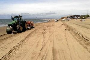 20150915 Trabajos Costas en playa Isla Canela