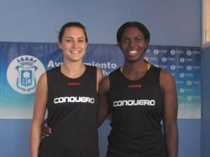 Haley Peters y Talia Cadwell, pareja de americanas del CB Conquero.