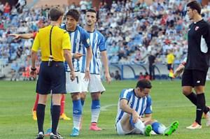 Jesús Vázquez protestándole al árbitro del partido. (Espínola)