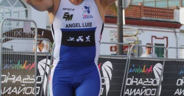 Ángel Luis Garrido, triatleta onubense.