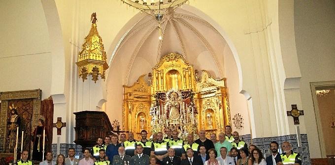 Foto de familia tras la misa