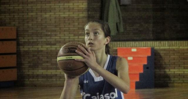 Lucía Cruzado, cadete del CB Conquero.