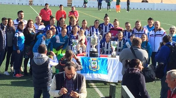 Fundación Cajasol sporting con los títulos de Copa de Andalucía y Copa de la Reina.