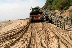 Acopio arena playa Nuevo Portil (1)