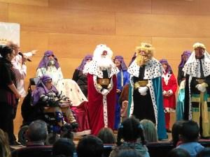 Entrega juguetes Reyes Huelva (3)