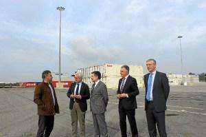 Visita Vicepresidente Junta al Puerto de Huelva1