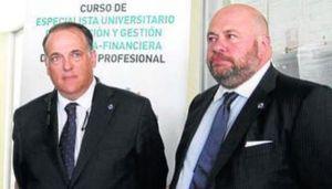 Javier Tebas, presidente de la LFP, y Pablo Comas, máximo accionista del Recreativo de Huelva.