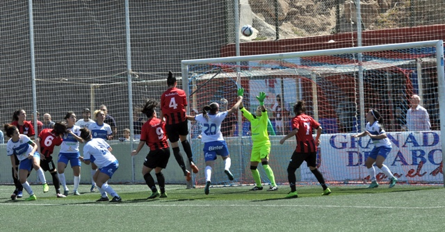 UD Granadilla-Cajasol Sporting. (José Barroso)