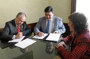 Firma convenio 2.jpg