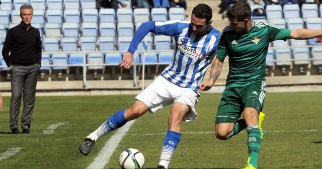 Núñez volvió a ser de los más activos en ataque. (Espínola)