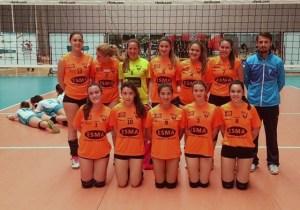 Equipo juvenil del DJA'75 de voleibol.