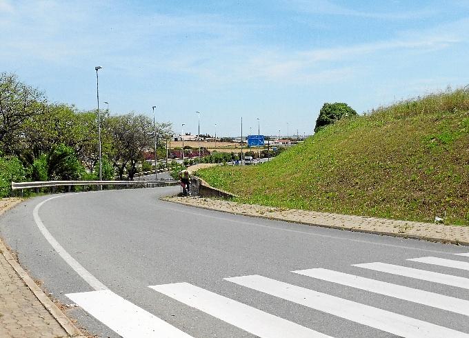 Comienza el vallado de las parcelas municipales del - Vallado de parcelas ...