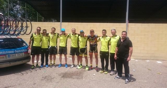 Equipo de ciclismo del Monferve-La Palma.