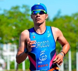 José Manuel Orozco, ganador del IV Triatlón de Isla Canela.