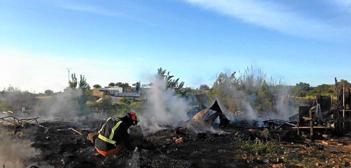 incendio en asentamiento chabolista moguer (2)