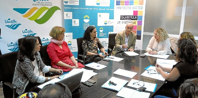 2016 11 04 Mesa de Calidad del Consorcio de Turismo 'Costa Occidental de Huelva'