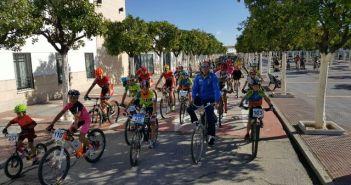 V Encuentro Ciclista de Andalucía en Hinojos.