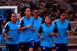 Jugadoras del Cajasol Sporting en un entrenamiento.