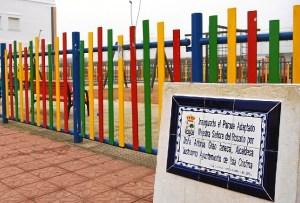 Placa en el Parque Adaptado Infantil