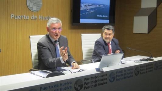 Director-y-presidente-del-Puerto-de-Huelva-en-rueda-de-prensa