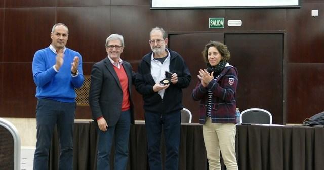 Homenaje a Juan Cuesta en el Clinic Raimundo Saporta.