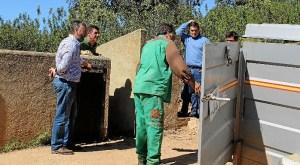 entrega de 76 reproductores porcinos a los ganaderos1