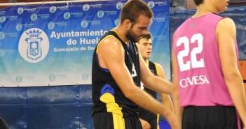 Pablo Hitos, jugador del CDB Enrique Benítez.