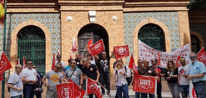 Protesta por los despidos en RMD