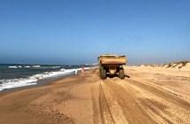 Trabajos en las playas de Huelva a finales de junio (5)