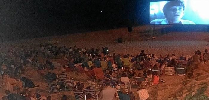 Cine en la Orilla