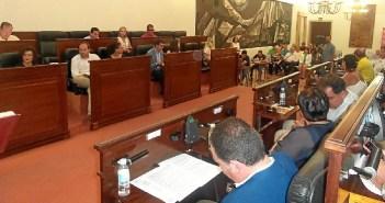 La propuesta del PP no tendrá que ser votada en el pleno tras la decisión del equipo de gobierno socialista.