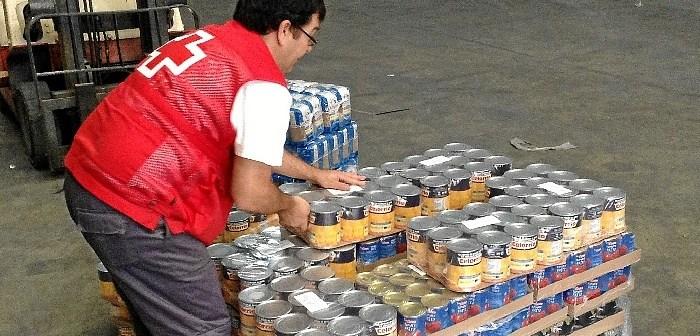 Cruz Roja reparto alimentos FEGA