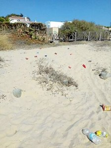 suciedad playa el portil