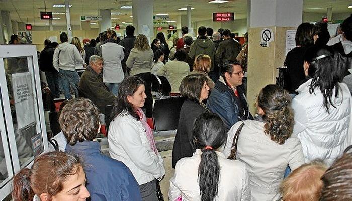 Huelva cierra octubre con parados m s for Oficina de empleo huelva