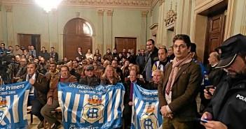 Imagen de archivo del pleno en el que se aprobó pagar por el Ayuntamiento la deuda del Recre con Hacienda.