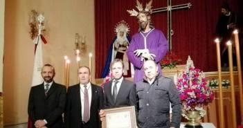 Hermandad del Prendimiento homenajea a Emilio Silvera